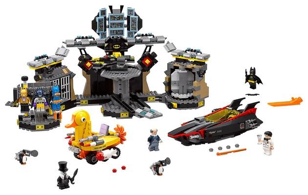 Big Shiny Robot | 'The LEGO Batman Movie' LEGO Sets Revealed!